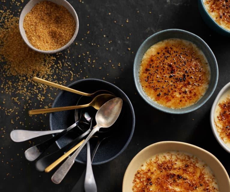 Pomalu vařené meruňkovo-rýžové brûlée