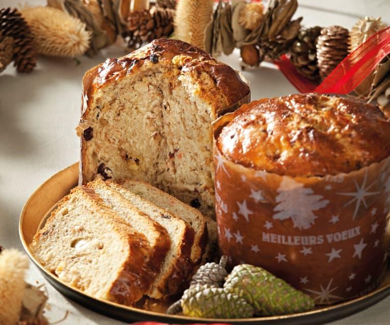 Panettone con nueces, arándanos y chocolate blanco