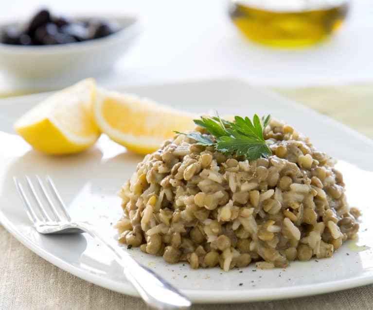 Linsen-Reis mit gebratenen Zwiebeln