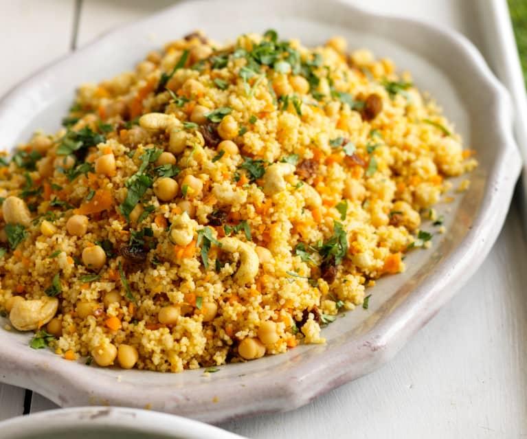 Insalata di cous cous carote, ceci e curry