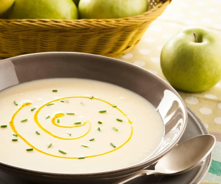 Sopa fría de manzana y puerro