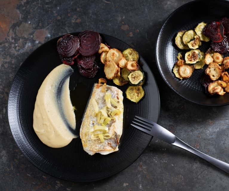 Trucha con crema bretona y chips de verduras (Al vacío)