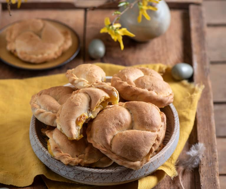 Kibiny z ziemniakami i serem cheddar
