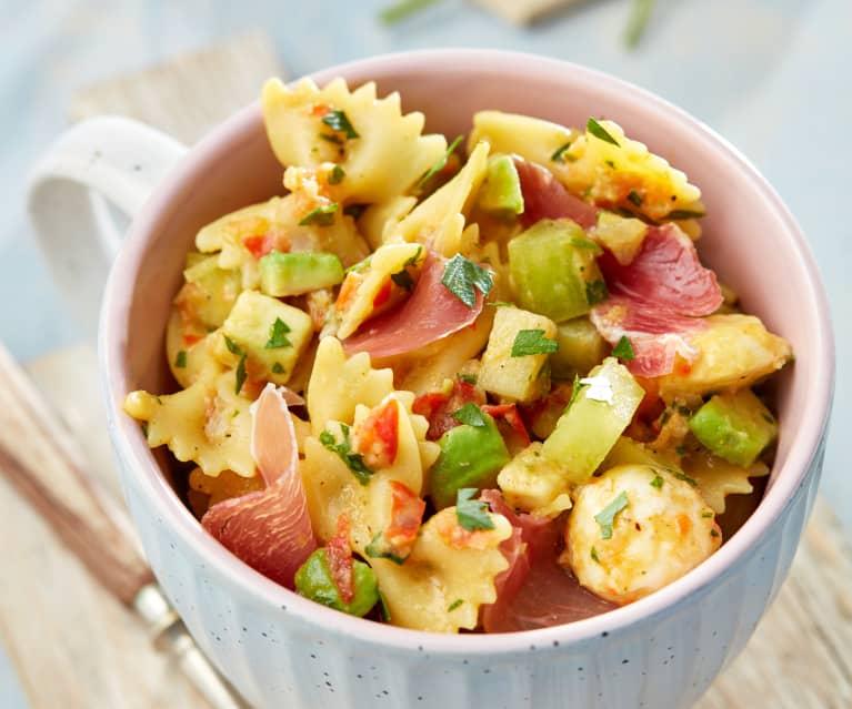 Curry-Melonen-Nudelsalat