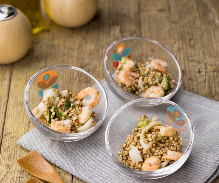 Insalata di grano saraceno calamari e gamberi