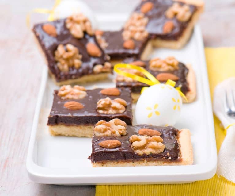 Torta cioccolato, caramello e noci