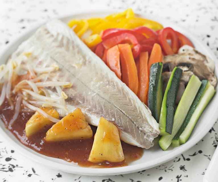 Lubina con verduritas crujientes y salsa agridulce