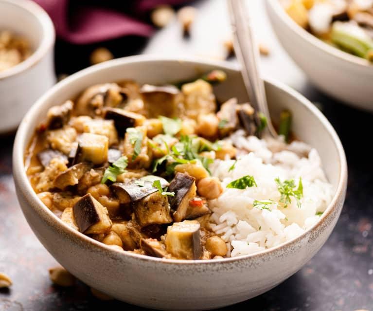 Berenjena vegana al curry de Massaman