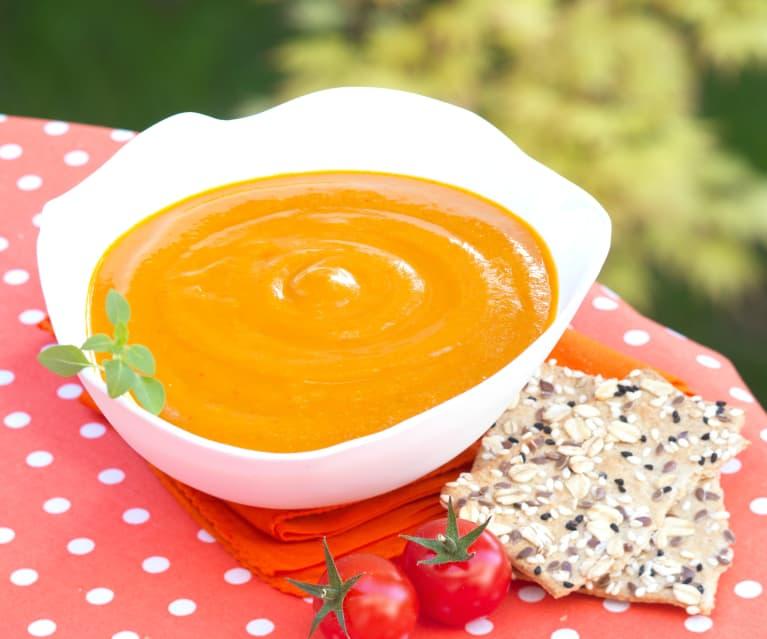 Śródziemnomorska zupa pomidorowa