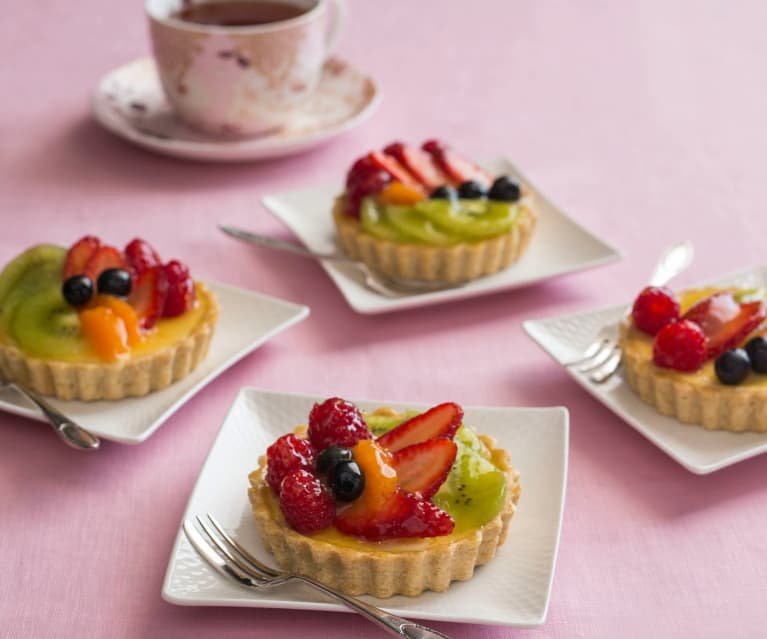 Gluten free fresh fruit and cream cheese tarts