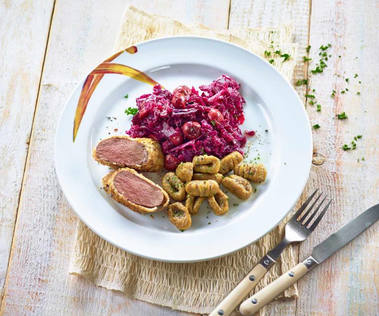 Pilz-Gnocchi mit Rehfilet und Kirsch-Rotkohl
