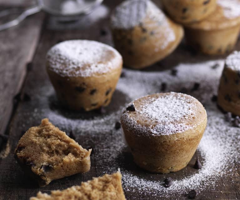 Muffin alla vaniglia e gocce di cioccolato al vapore