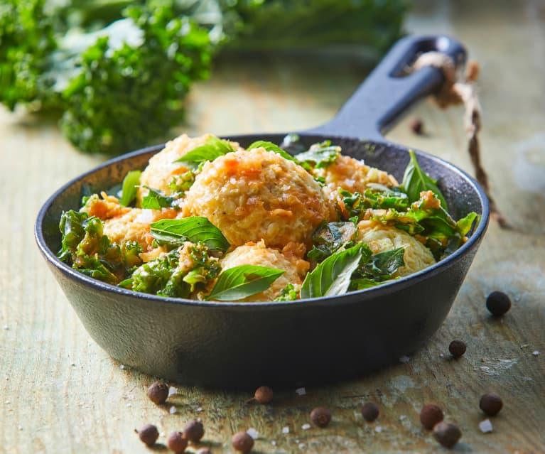 Albóndigas de pollo con kale sofrito