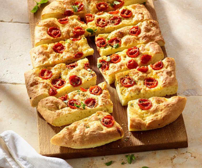 Focaccia mit Kirschtomaten