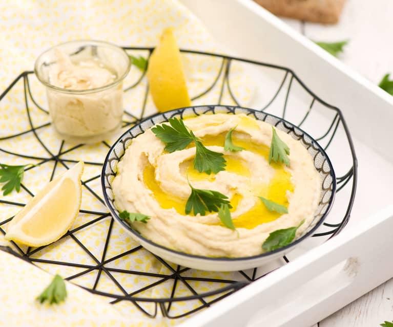 Hummus z domowym tahini