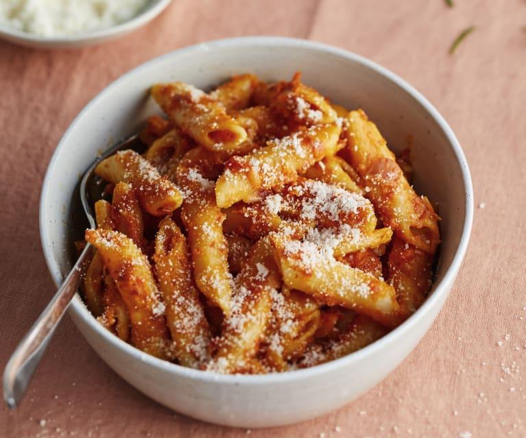 Pâtes à la sauce tomate et au chorizo