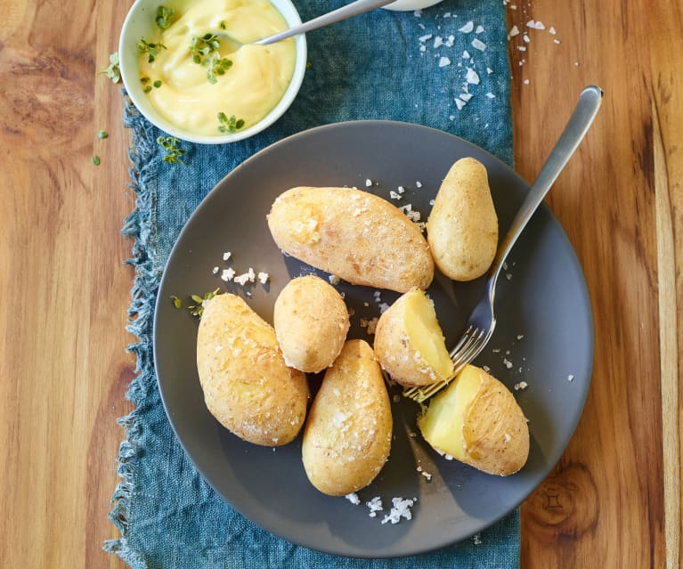 Kanarische Runzelkartoffeln mit Meersalz