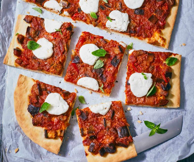 Pikante Auberginen-Pizza mit Ziegenkäse