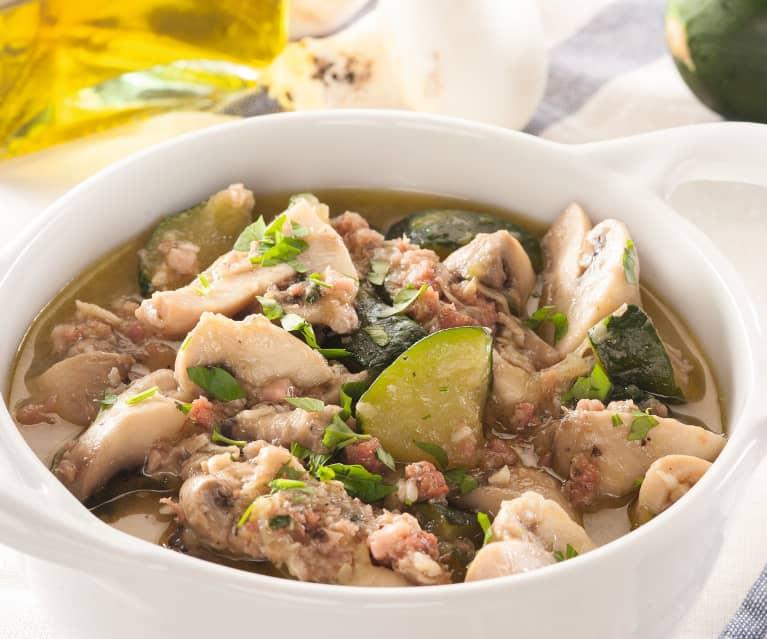Sautéed mushrooms and zucchini with prosciutto