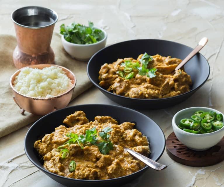 Creamy coconut chicken curry (TM6)