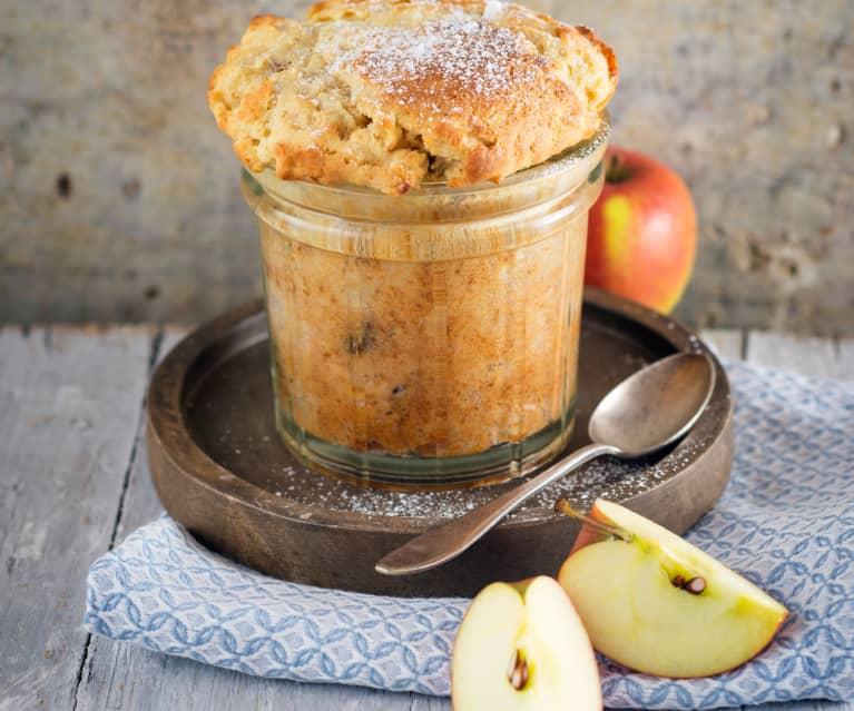 Pasteles de manzana en vaso