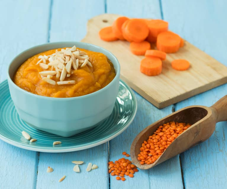 Karotten-Linsen-Püree mit Mandelsplitter
