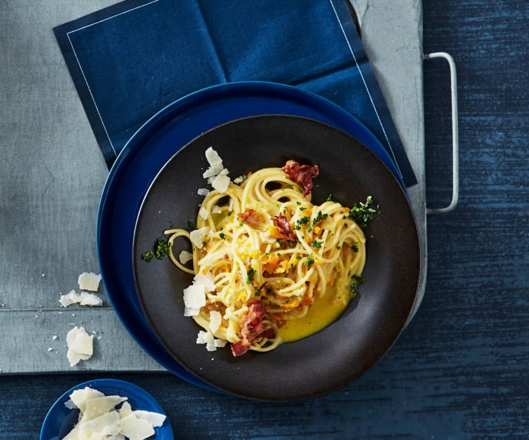 Spaghetti mit Gemüse-Sahnesauce