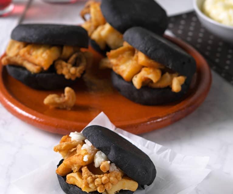 Bocadillo de calamares fritos con alioli