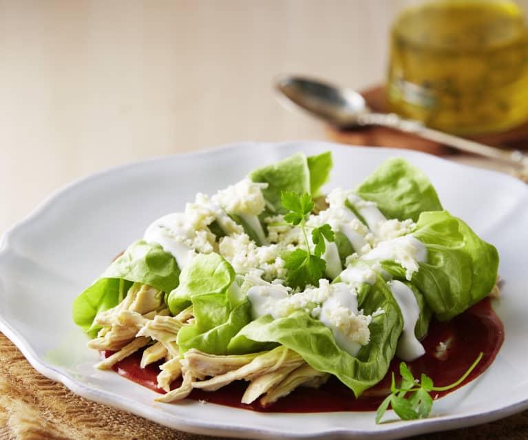 Enchiladas en hoja de lechuga