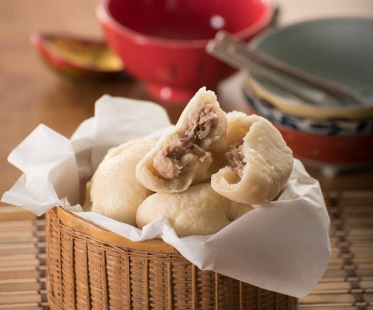 Panecillos al vapor rellenos de carne de cerdo (Baozi)
