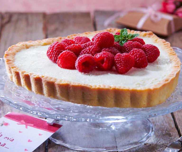 Crostata ricotta, cioccolato bianco e lamponi