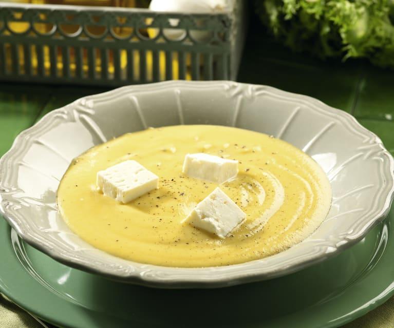 Crema de escarola con queso feta