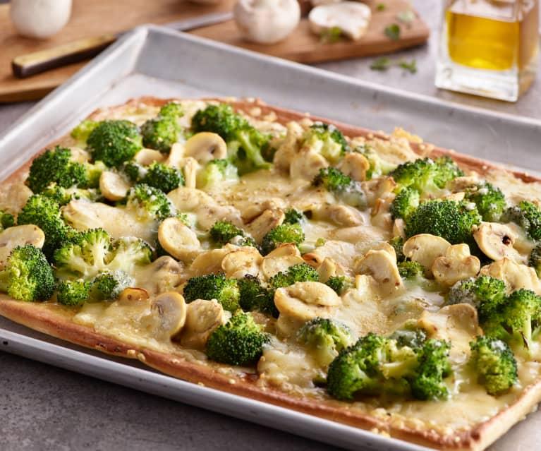 Brokkoli-Champignon-Pizza