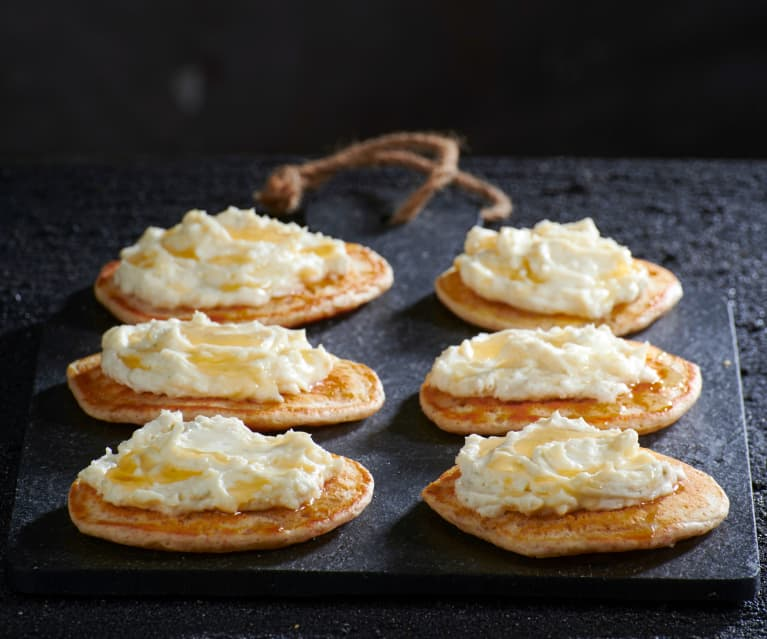 Blinis integrali con Gorgonzola