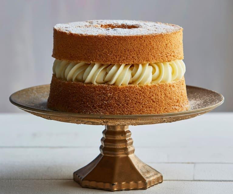 Chiffon cake alla vaniglia con crema al latte