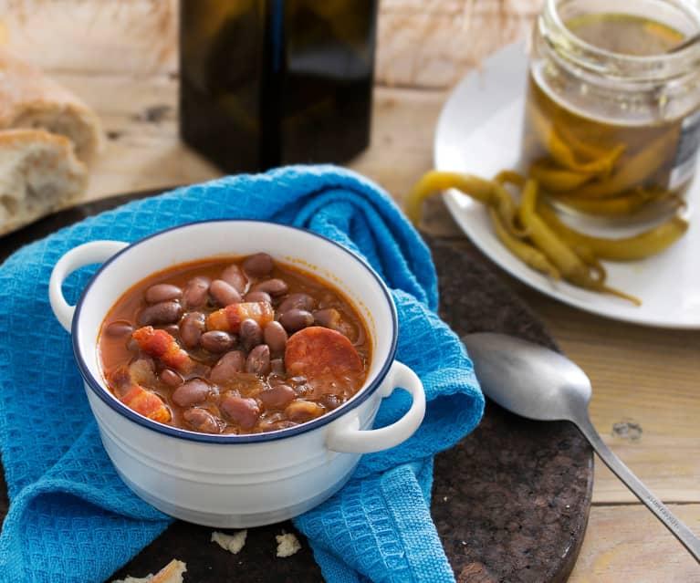 Alubias tolosanas con chorizo y tocino (Cocción lenta)