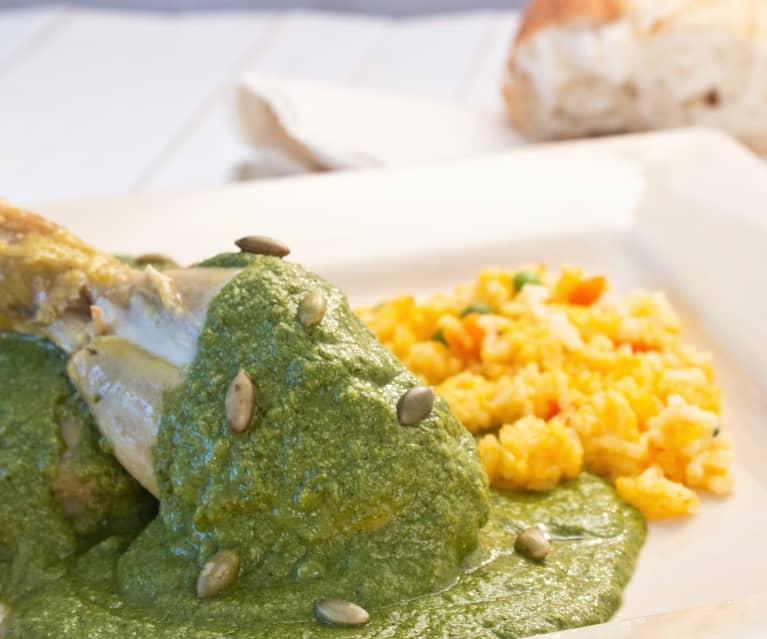 Hähnchenschenkel mit Mole verde