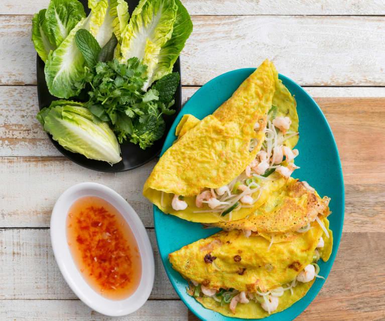 Banh xeo (crispy Vietnamese pancake)