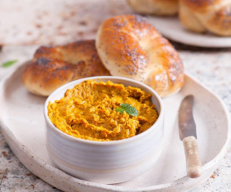 Hummus z marchewki