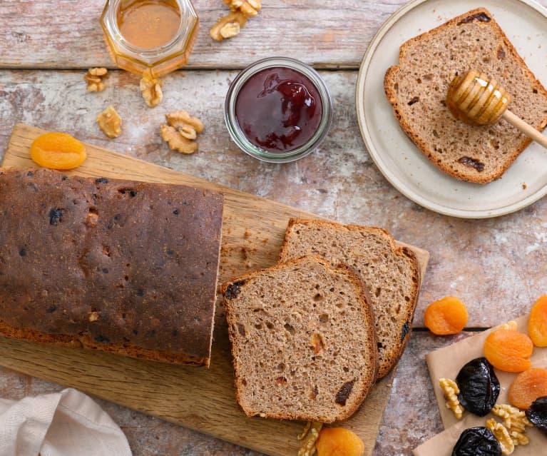 Pan de frutas y frutos secos