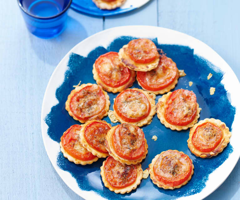 Minitartelettes fines tomates et comté