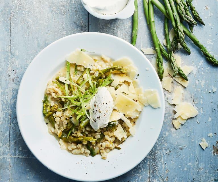 Risotto d'orge aux asperges, mascarpone et parmesan