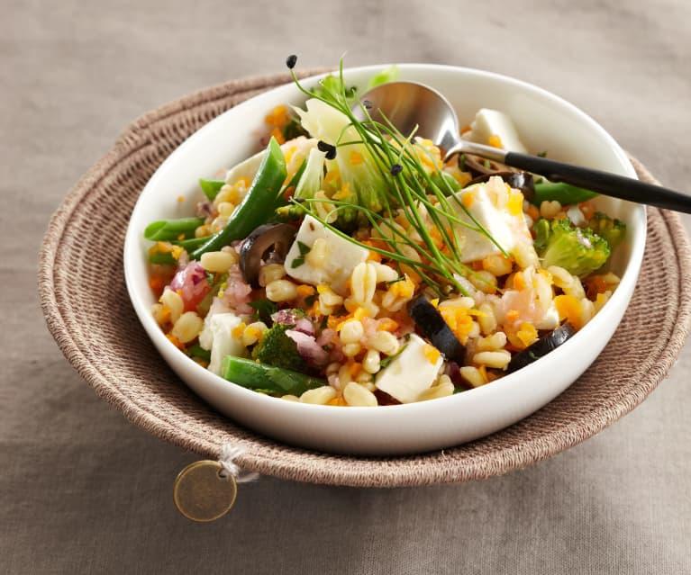 Gemüse-Weizen-Salat
