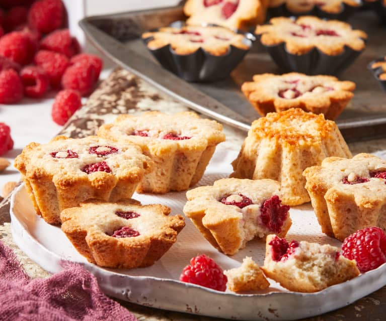 Raspberry Almond Pulp Cakes
