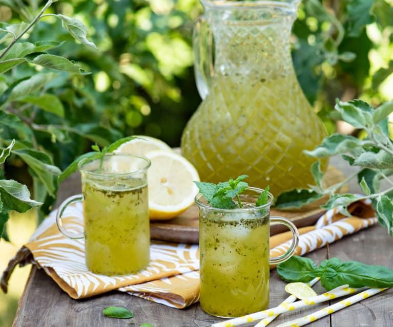 Lemoniada ziołowa
