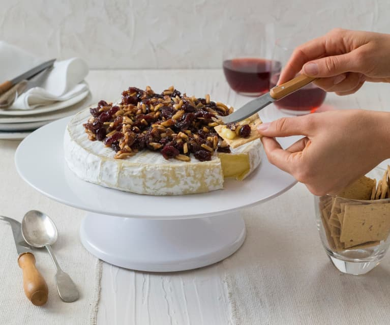 Camembert with cranberries and almonds