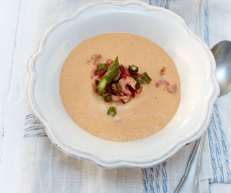 Currycremesuppe mit Spargel und Krabben