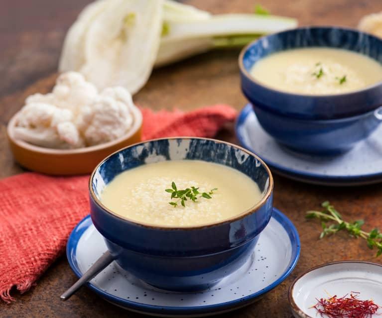 Zupa krem kalafiorowa z fenkułem i szafranem