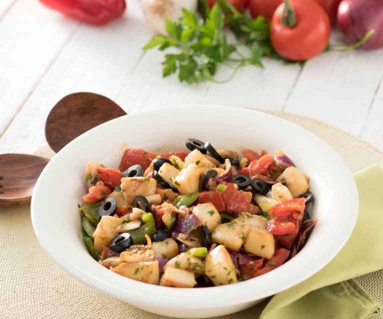 Bol de sepia con ensalada de verano (sepia amb trempó)