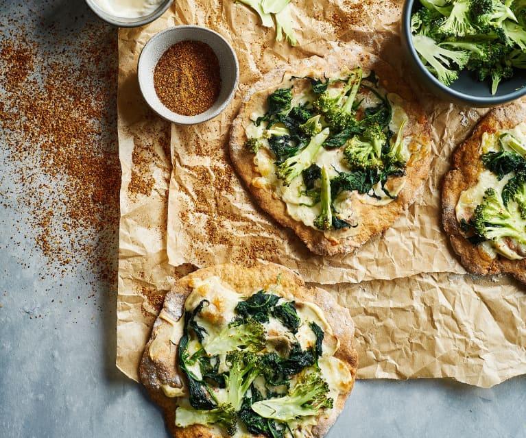 Piza de alho assado com brócolos e mozarela